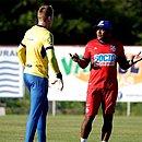 Em momento de pressão no Bahia, Roger Machado terá que escolher se aposta em Douglas ou vai com Anderson na estreia pela Sul-Americana