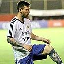 Messi treinou no Barradão no primeiro dia da Argentina em Salvador