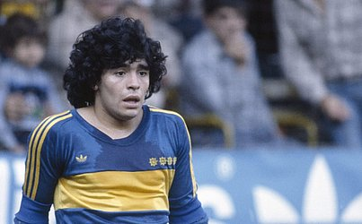 Após o Argentinos Juniors, o astro se transferiu para o Boca Juniors, onde ficou apenas uma temporada, até 1982. Ele ainda teve uma segunda passagem pelo clube, entre 1995 e 2001