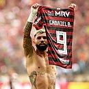 Flamengo fecha acordo com a Inter de Milão e o atacante Gabigol seguirá no clube carioca