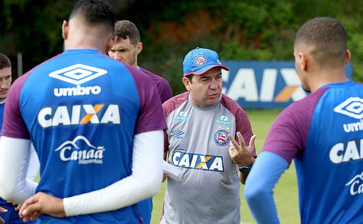 Sete horas sem gol: a sina de Enderson Moreira no Bahia