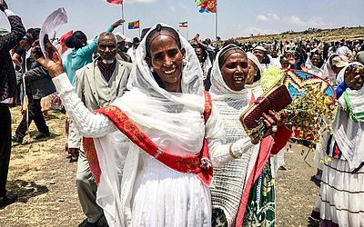 As fronteiras entre a Etiópia e a Eritreia foram reabertas pela primeira vez em 20 anos na Zalambessa, no norte da Etiópia, coroando uma rápida reconciliação entre os antigos inimigos.