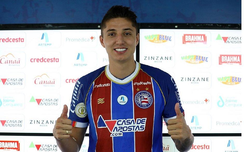 Juan Pablo Ramírez foi apresentado pelo Bahia na Cidade Tricolor