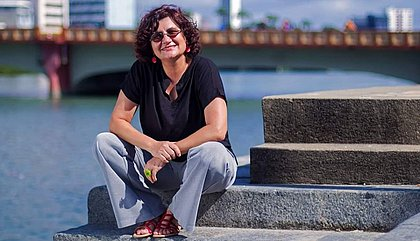 Cida Pedrosa fala sobre o livro Solo para Vialejo