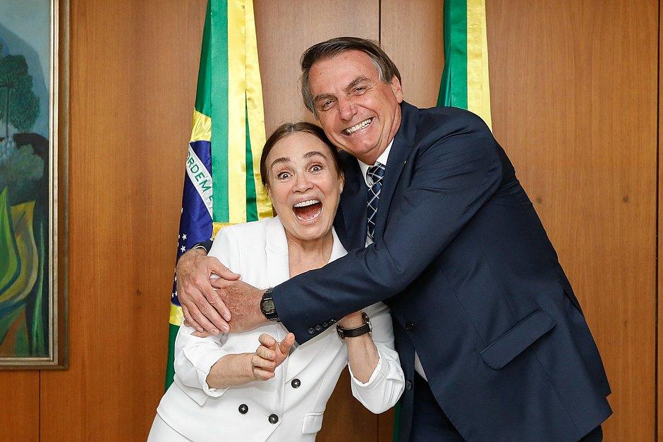 Regina Duarte será empossada como secretária especial da Cultura nesta quarta