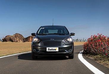 O Ford Ka, hatch e sedã, parou de ser produzido em janeiro