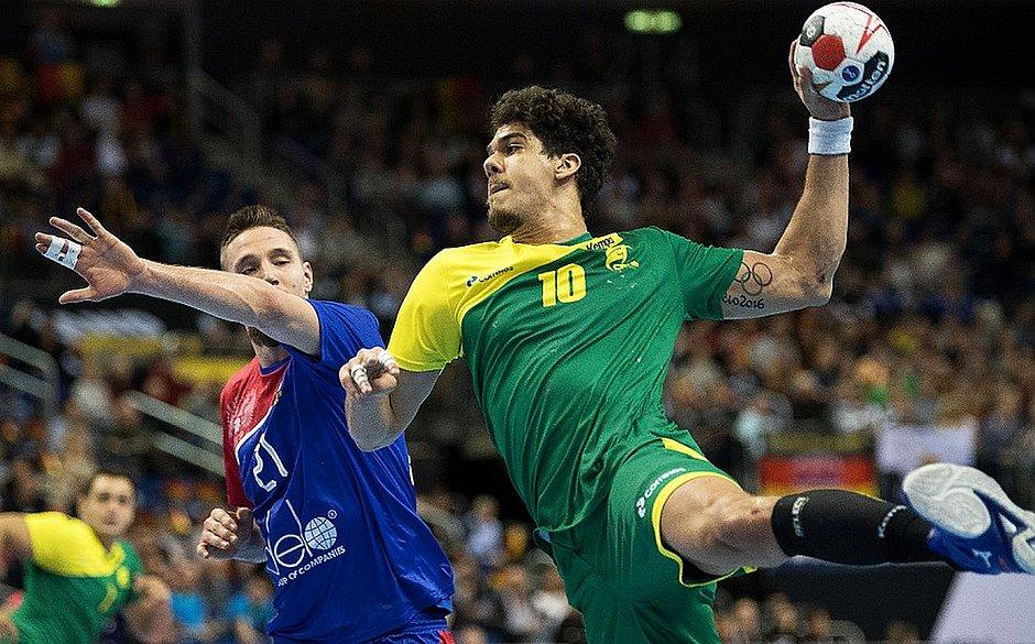 Brasil vence Rússia e fica perto da semi do Mundial - Jornal CORREIO ... fe771456959bb