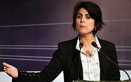 Manuela D'Ávila confirma que passou o contato de Glenn Greenwald a hacker