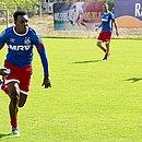 Moisés é o novo reforço da lateral-esquerda do Bahia