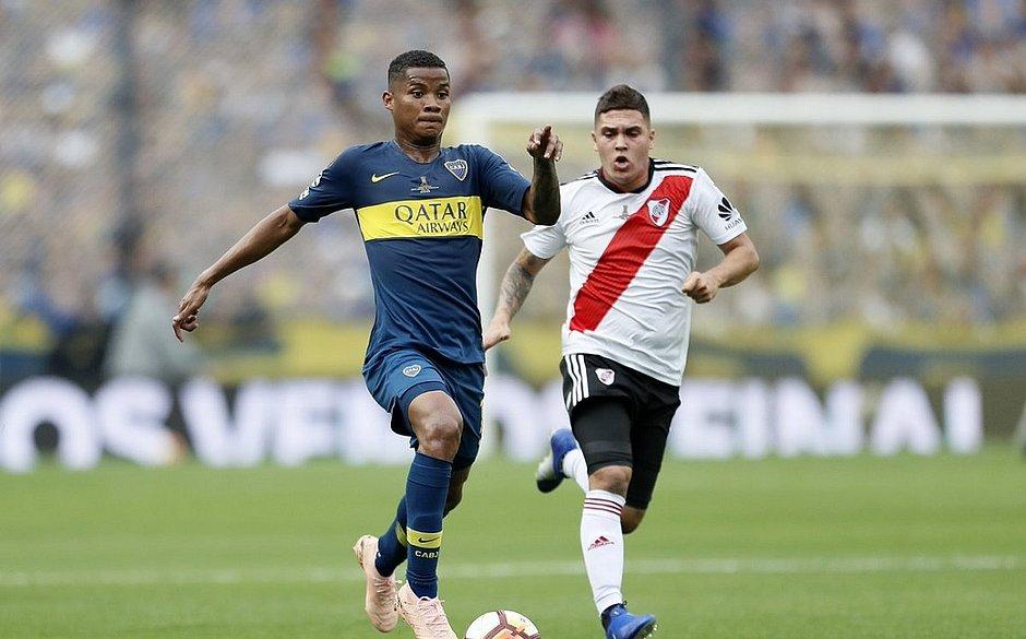 Em 1º clássico da final da Libertadores, Boca e River anotam 2x2