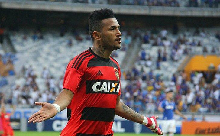Rebaixado com o Sport, Rogério é um dos alvos do Bahia para 2019