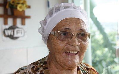 Dona Maria do Carmo lamenta queda nas vendas