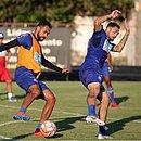Jackson e Gilberto devem reforçar o Bahia contra o Fluminense