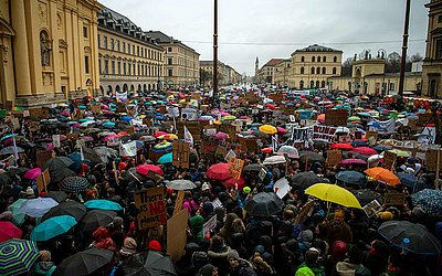 Guarda-chuvas em Munique, Alemanha.