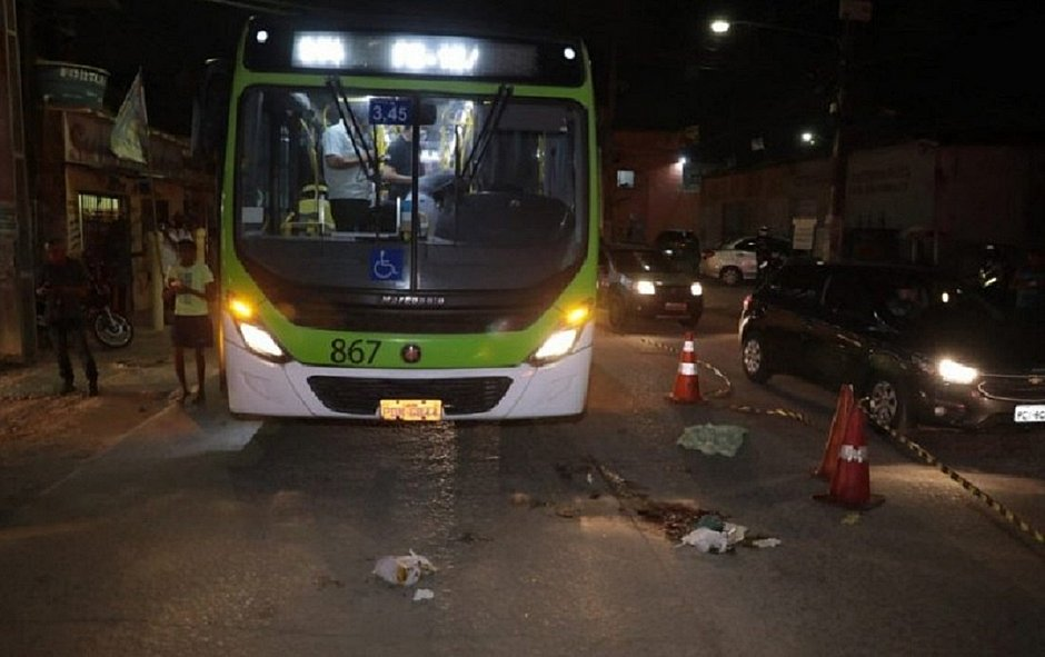 Acidente na Avenida Perimetral, em Olinda