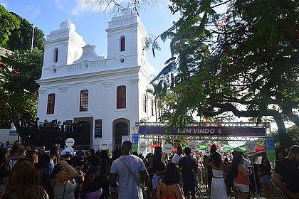 Prefeitura proíbe realização do show de Luan Santana no MAM