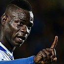 O italiano Mario Balotelli, do Brescia, foi vítima de racismo  em jogo contra o Verona