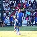 Gustavo aproveitou o cruzamento de Lepu e marcou o único gol do Bahia contra o Retrô-PE