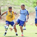 Everton treina no Barradão e vai ser titular contra o Bahia