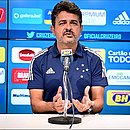 Ney Franco foi oficializado pelo Cruzeiro nesta quarta-feira (9)