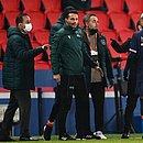 Romeno Sebastian Coltescu foi suspenso pela Uefa após acusações de racismo em PSG x Istanbul