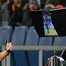 Árbitro de vídeo pode minimizar erros durante a partida