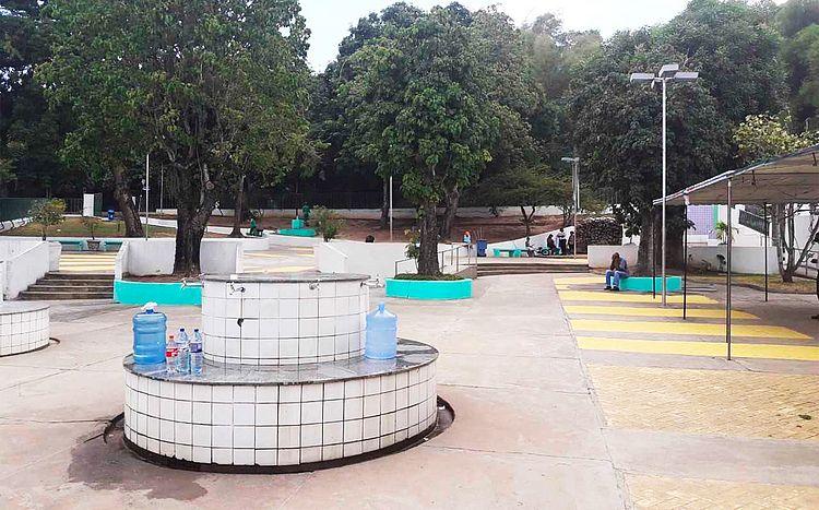 Moradores de Itaparica têm prejuízos de até R$ 500 com a falta de água
