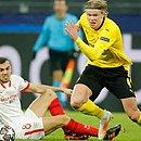 Haaland, de 20 anos, marcou os dois gols do Dortmund