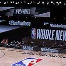 Jogadores de Milwaukee Bucks se recusaram a entrar em quadra
