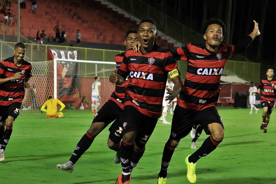 439e982a924bc Vitória goleia Flamengo por 6x1 na semifinal do Brasileiro sub-20 ...
