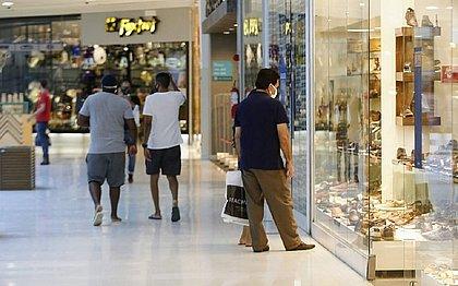 Shoppings voltam a funcionar de terça-feira a sábado, das 10h às 18h