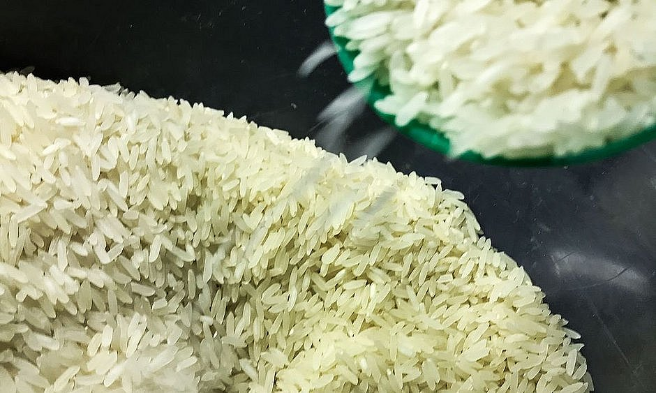 Criminosos arrombam mercado e furtam arroz no interior do Ceará
