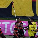 Samuel comemora seu gol no Ba-Vi