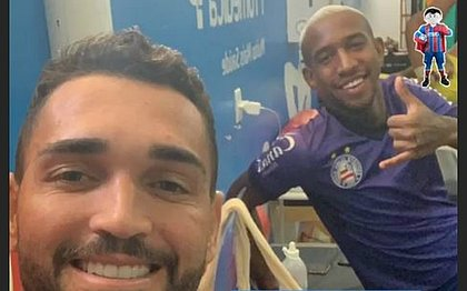 Gilberto posta foto com Anderson Talisca em sua conta pessoal no Instagram