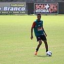 Romisson está no Vitória há um mês mas ainda não jogou
