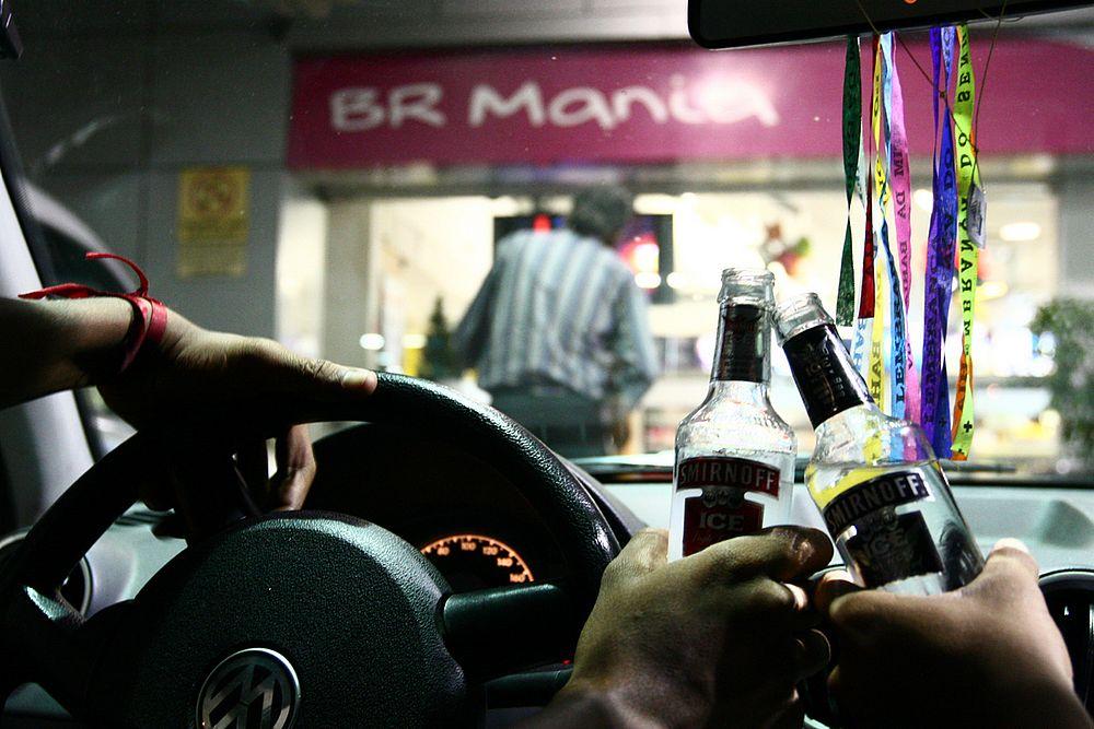 Resultado de imagem para proibido bebida em posto