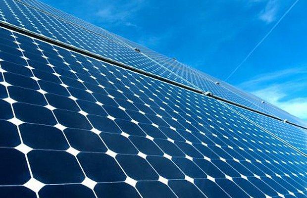 Energia solar supera eólica no cadastro para leilão A-4 (Foto: AFP)