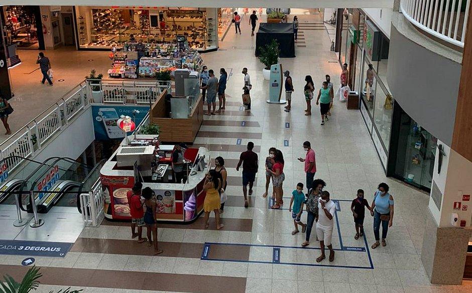 Apesar da expectativa, o segundo dia de abertura dos shoppings centers em Salvador