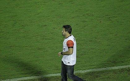Ramon Menezes durante o jogo do Vitória contra o Operário-PR