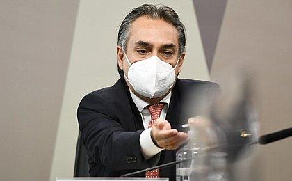 Carlos Bolsonaro esteve em reunião com a Pfizer, diz Murillo à CPI