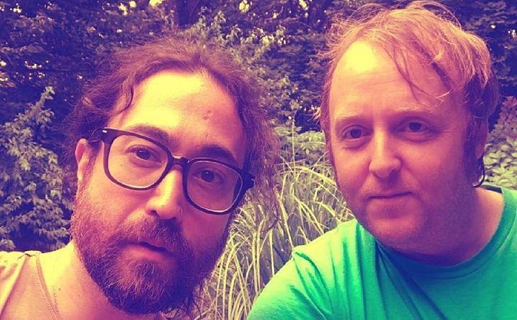 Filho de John Lennon publica selfie junto com filho de Paul McCartney