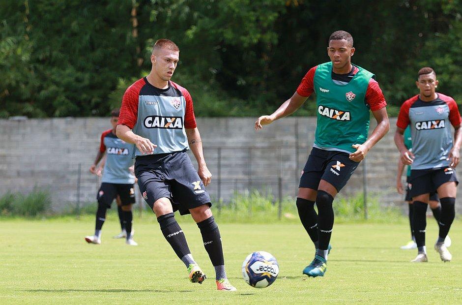 Jhemerson terá chance na estreia da Copa do Nordeste (Maurícia da Matta EC  Vitória) 11b1200b95a56