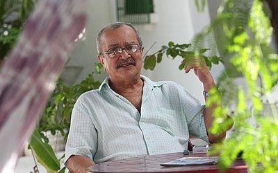 João Ubaldo Ribeiro, escritor nascido em Itaparica (BA), autor de Viva o Povo Brasileiro e Sargento Getúlio