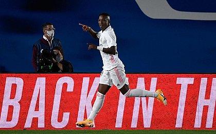 Vinicius Junior saiu do banco para dar a vitória ao Real Madrid sobre Valladolid