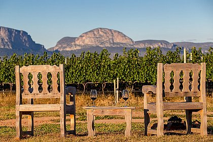 Vista para a Serra do Sincorá, que cerca as terras na região de Mucugê