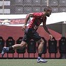 João Victor treinando na Toca do Leão