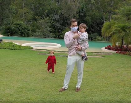 Filhos perguntam pelo 'papai Paulo', conta Thales Bretas