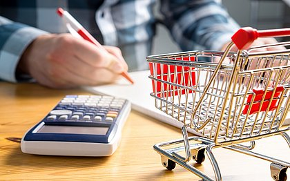 'Efeito sanfona': cinco conselhos para equilibrar seu orçamento na crise
