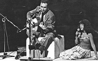 João Gilberto em show com a filha Bebel