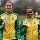 Isabela Abreu e Priscila Santana exibem o bronze conquistado no pentatlo moderno no Pan-Americano deLima